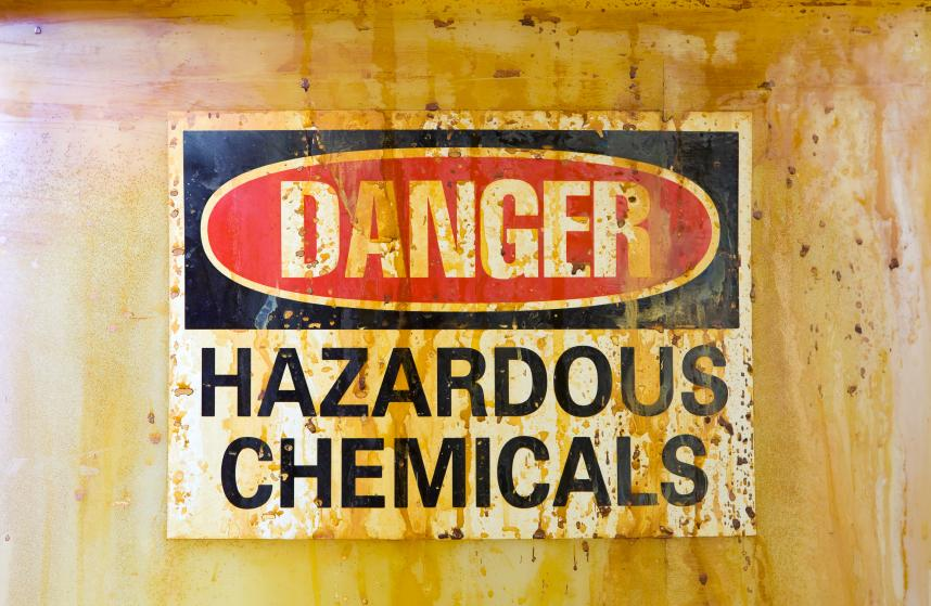 DANGER Η Απάτη του Αιώνα: Θανατηφόρες τροφές και φάρμακα στο τραπέζι μας